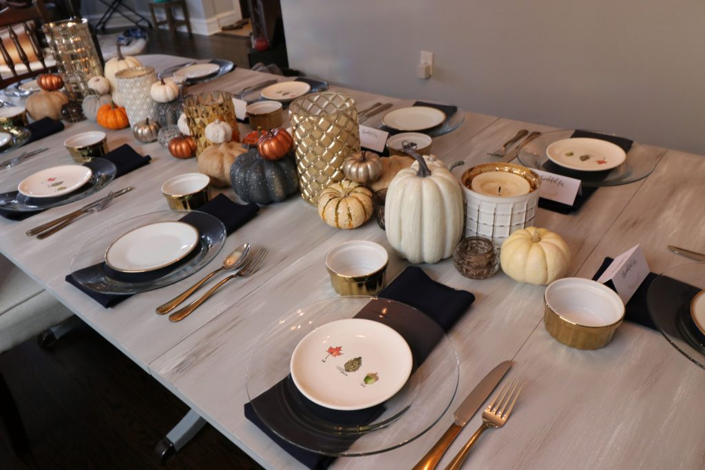 Thanksgiving table decor. Fall tablescape inspiration!